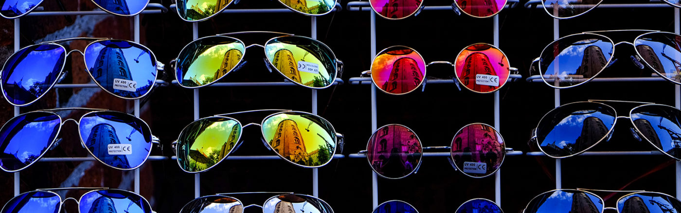 The sunglasses industry: luxottica | Amevie