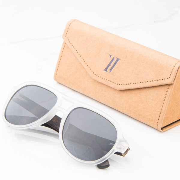 Amevie bamboo sunglasses Cancun 3